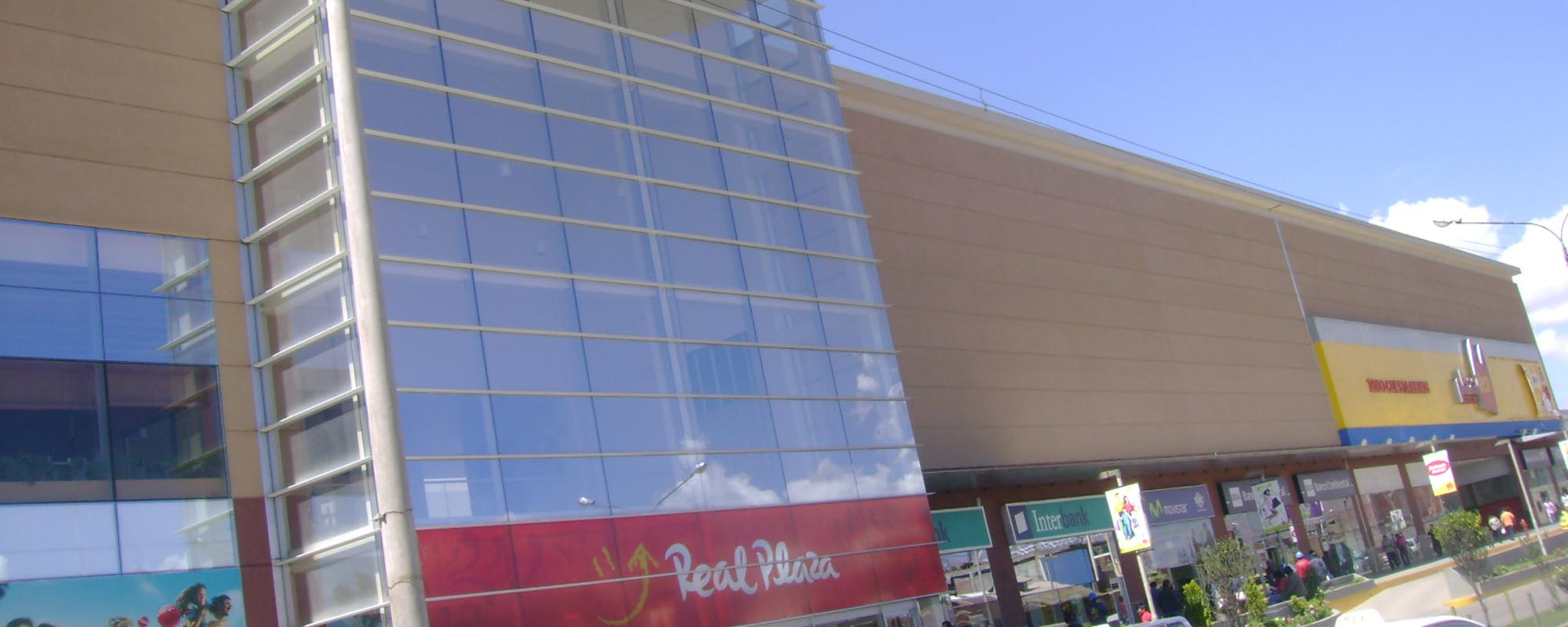 Proyecto Centro comercial</br><a href='#link'>Real Plaza Huancayo</a>